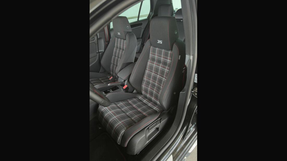 VW Golf GTI Edition 35, Fahrersitz