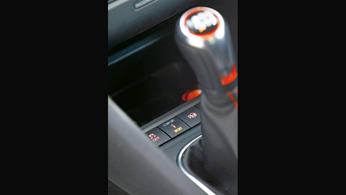 VW Golf GTI Edition 35, Schaltknauf