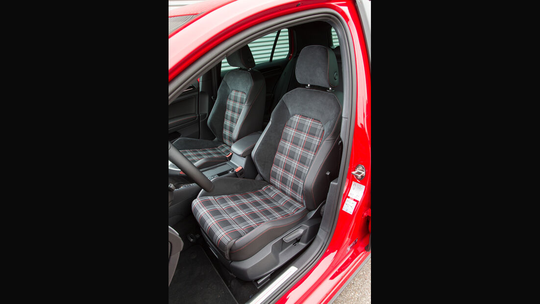 VW Golf GTI, Fahrersitz
