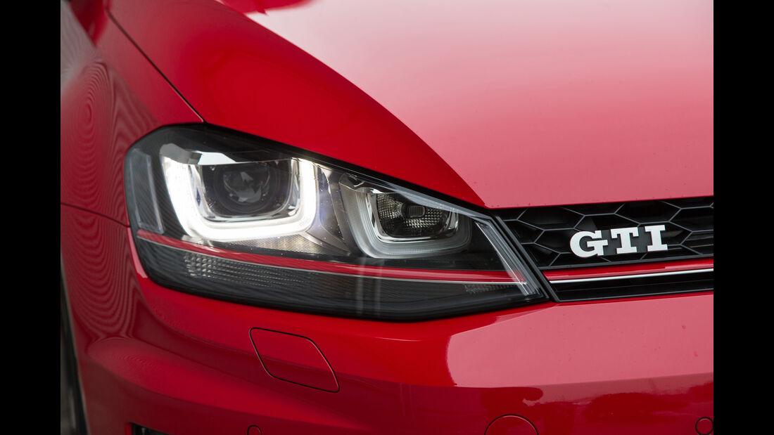 VW Golf GTI, Frontscheinwerfer