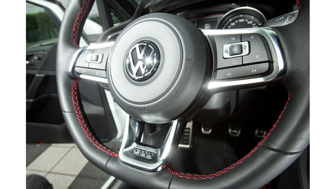 VW Golf GTI, Lenkrad