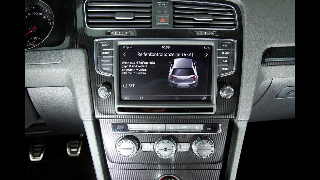 VW Golf GTI, Mittelkonsole