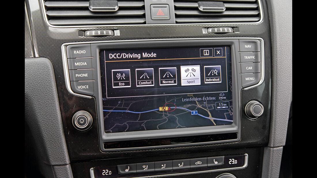 VW Golf GTI, Monitor