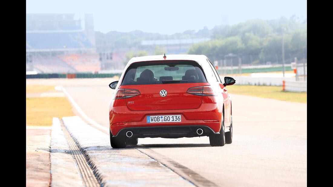 VW Golf GTI Performance (2017) VII Facelift - Kompaktsportwagen - Test