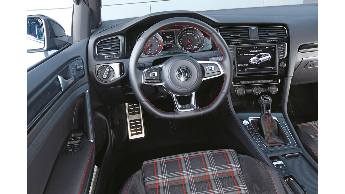 VW Golf GTI Performance, Cockpit, Lenkrad