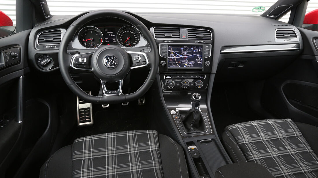VW Golf GTI Performance, VW Golf GTD, Cockpit