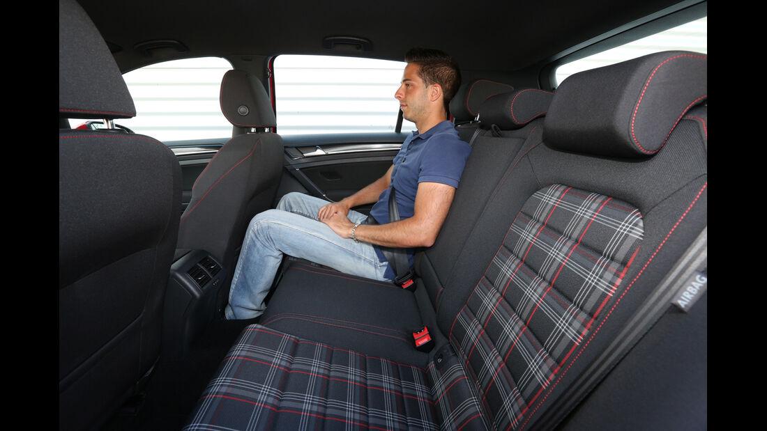 VW Golf GTI, Rücksitz, Beinfreiheit