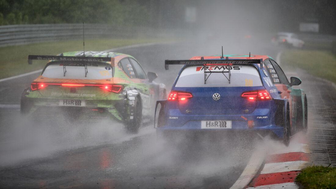 VW Golf GTI TCR - Max Kruse Racing - Startnummer #10 - 24h-Rennen Nürburgring - Nürburgring-Nordschleife - 5. Juni 2021