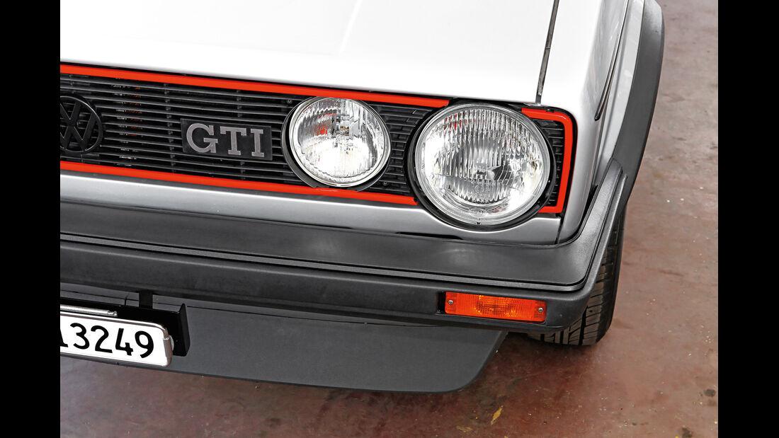 VW Golf I GTI, Frontscheinwerfer