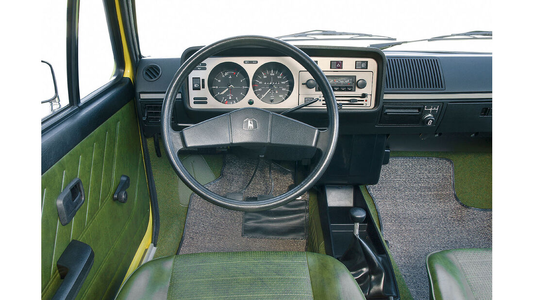 VW Golf I Innenraum Cockpit