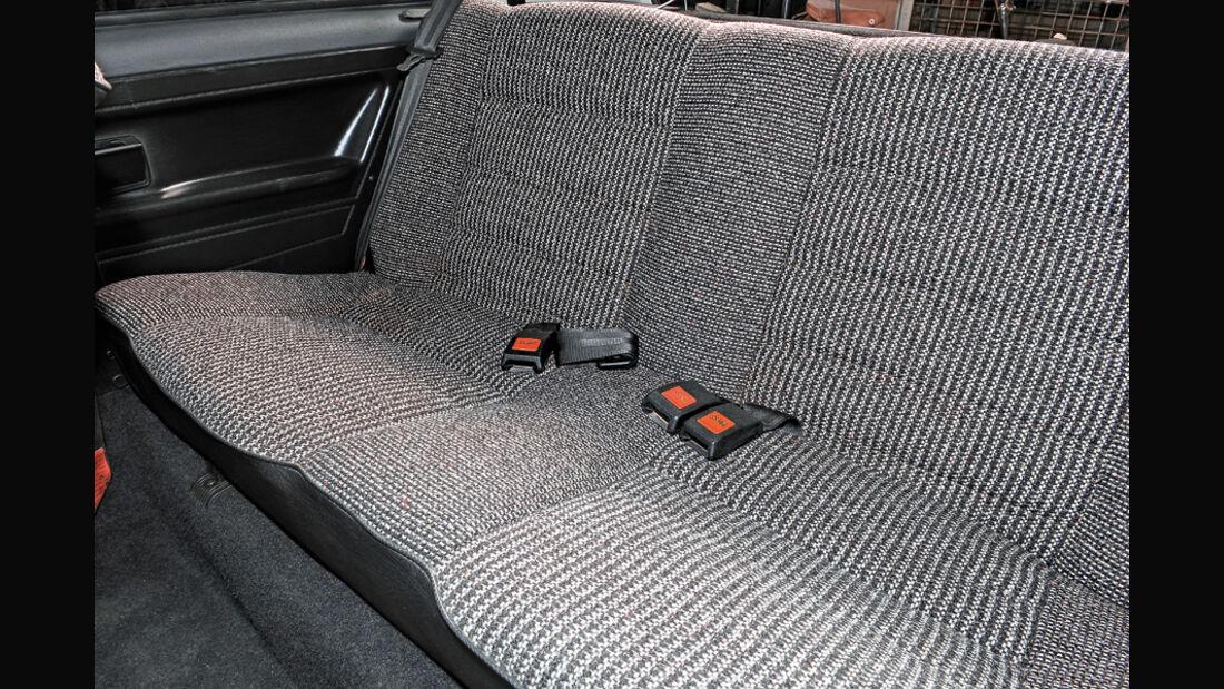 VW Golf I LX, Rücksitzbank