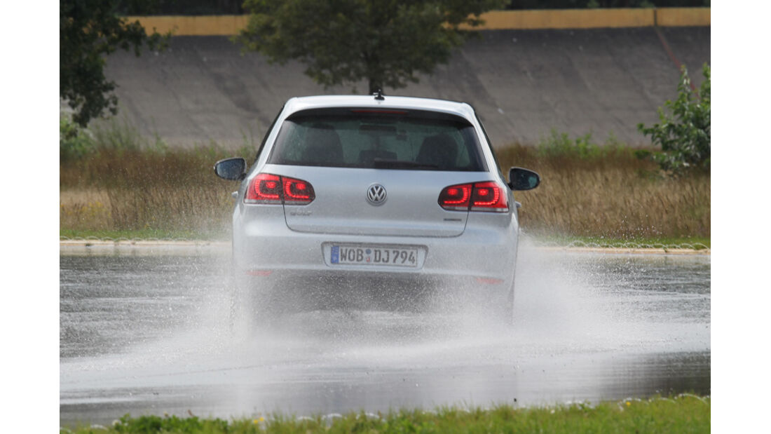 VW Golf, Nässe, Heck