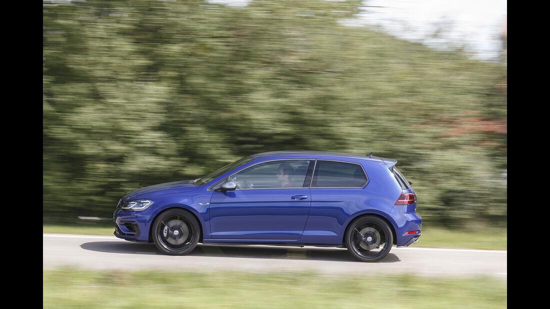 VW Golf R 2.0 TSI 4 Motion, Exterieur Seite