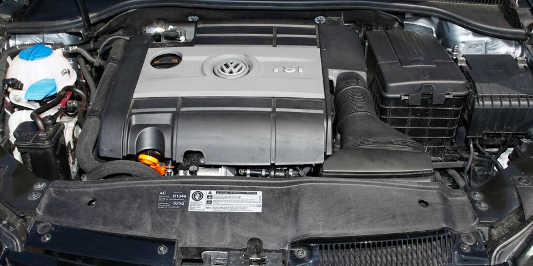 VW Golf R, Detail, Motor