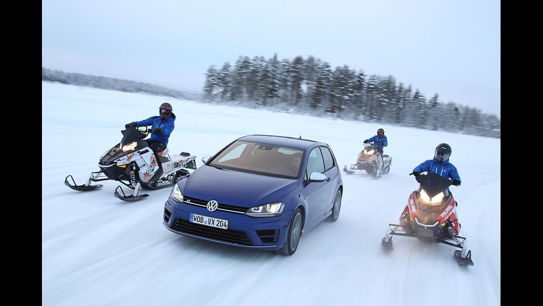 VW Golf R, Frontansicht, Schneemobile