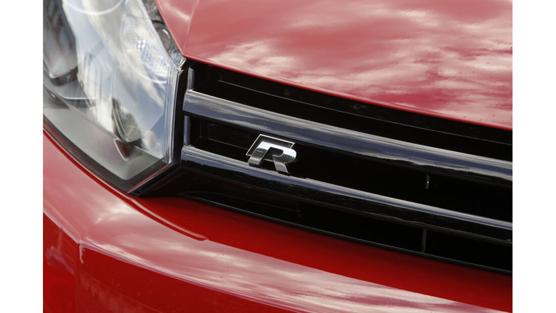 VW Golf R, Kühlergrill