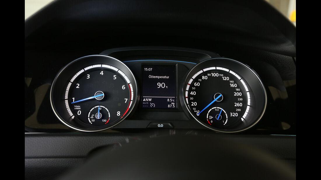 VW Golf R, Rundinstrumente