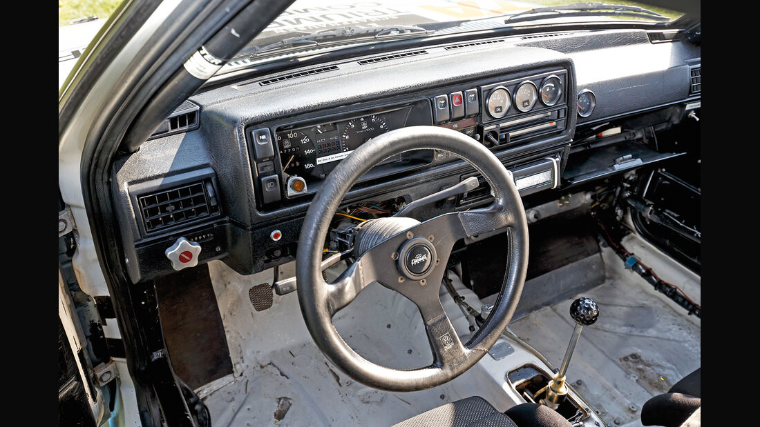 VW Golf Rallye-GTI, Cockpit