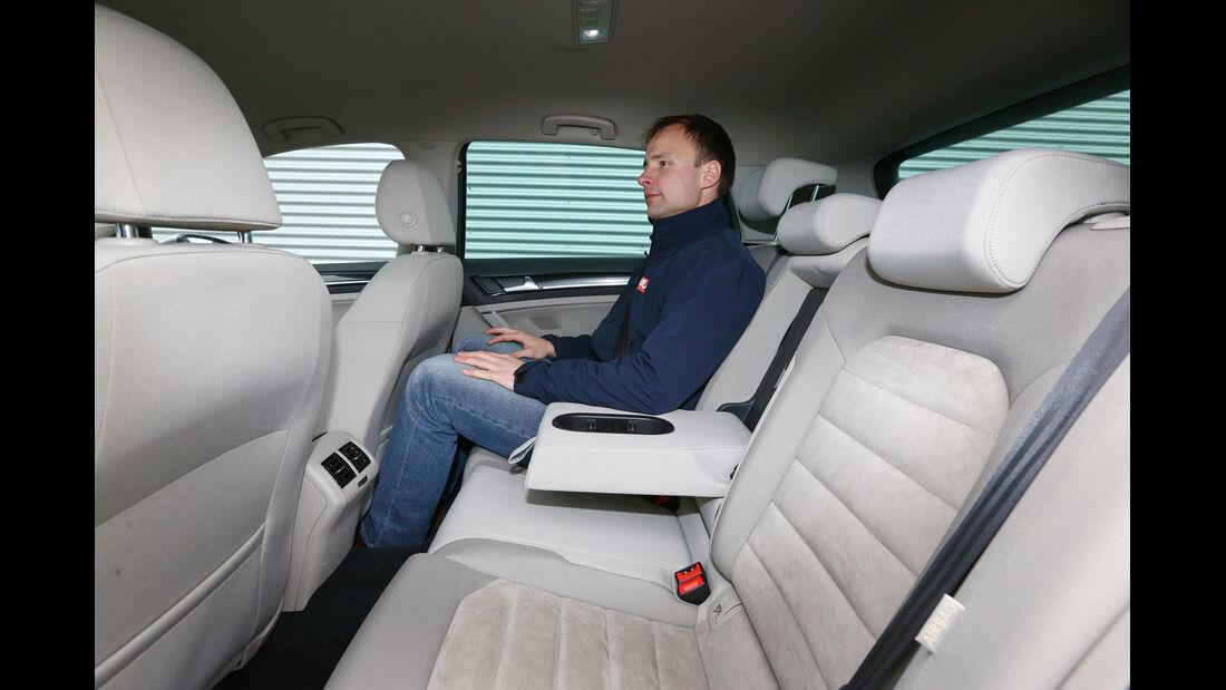 VW Golf, Rücksitz, Beinfreiheit