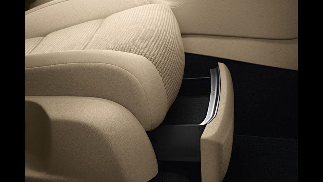 VW Golf, Sitzschubladen