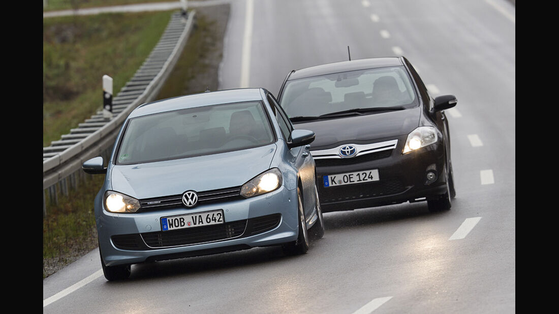 VW Golf TDI Blue Motion, Toyota Auris HSD