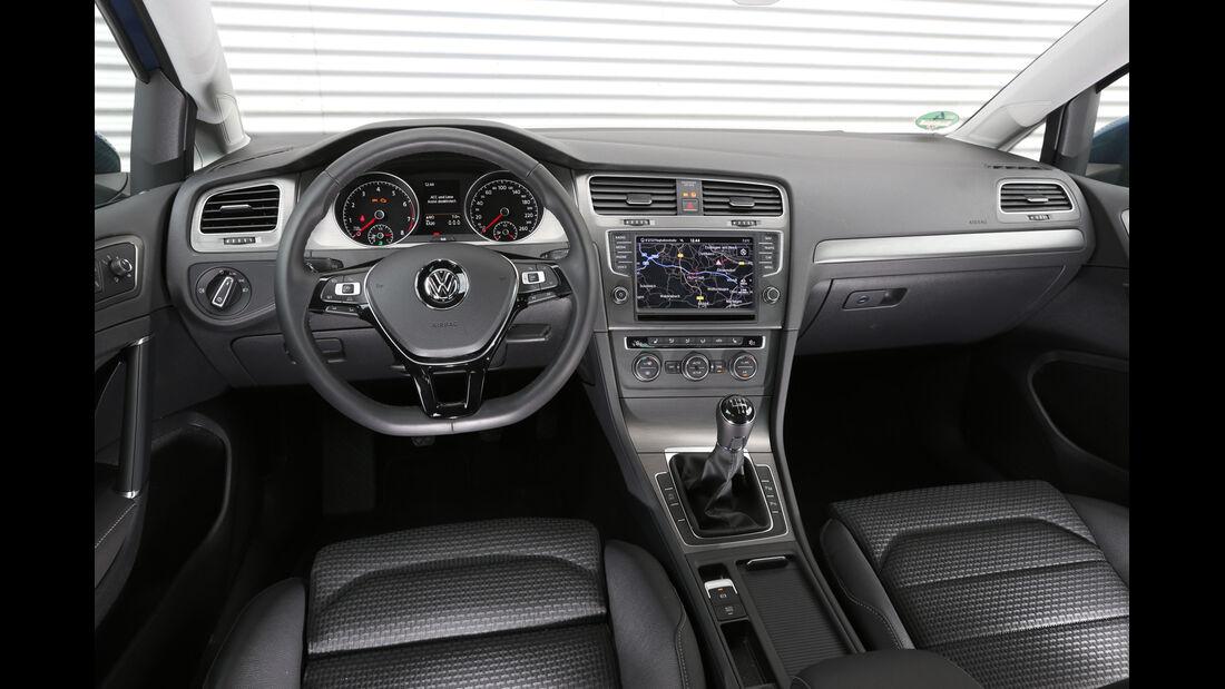 VW Golf TGI Blue Motion, Cockpit