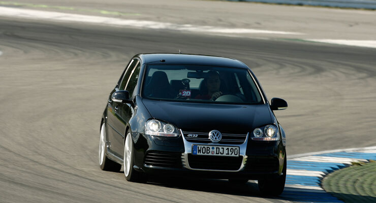 golf 5 gti kaufen volkswagen golf v gti navi ahk 8 fach. Black Bedroom Furniture Sets. Home Design Ideas