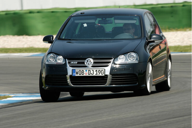 vw golf v r32 im supertest kann der super golf den gti. Black Bedroom Furniture Sets. Home Design Ideas