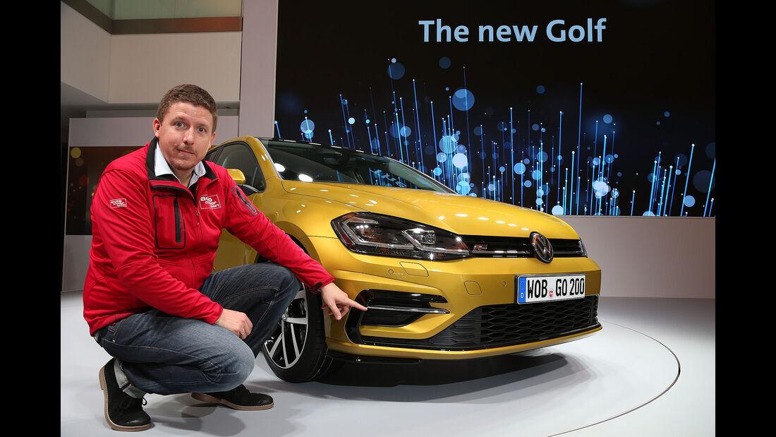 VW Golf VII Facelift (2017) 5-Türer R-Line Cockpit
