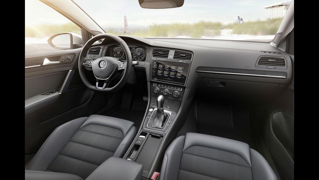 VW Golf VII Facelift (2017) Variant Cockpit