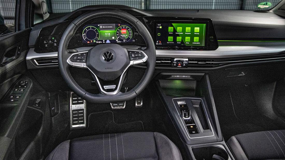 VW Golf VIII, Interieur