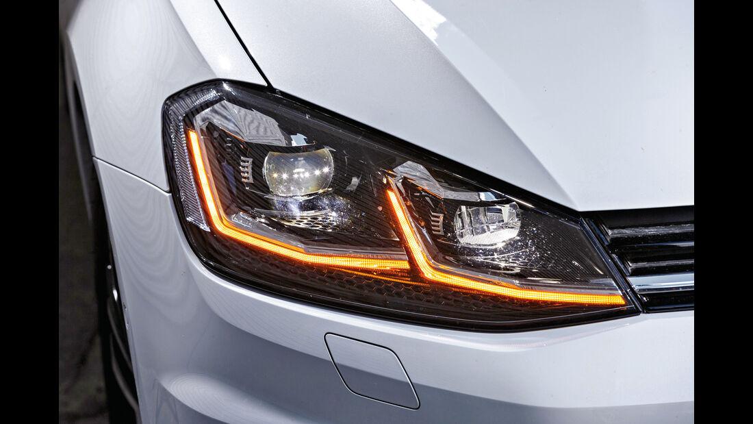 VW Golf Variant 2.0 TDI 4Motion, Frontscheinwerfer