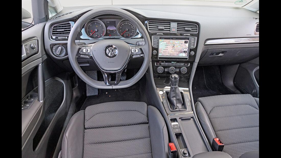VW Golf Variant 2.0 TDI BMT, Cockpit