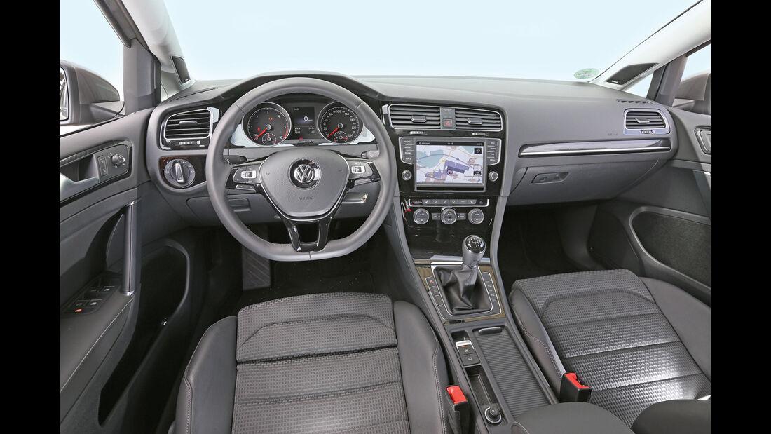 VW Golf Variant 2.0 TDI, Cockpit