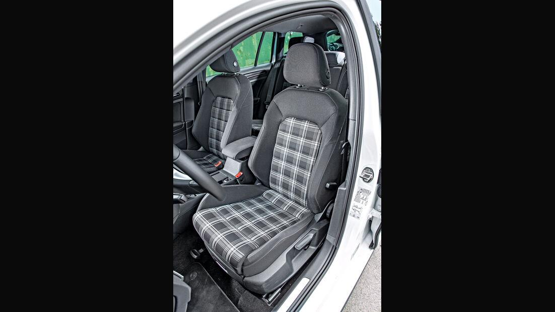 VW Golf Variant GTD, Fahrersitz