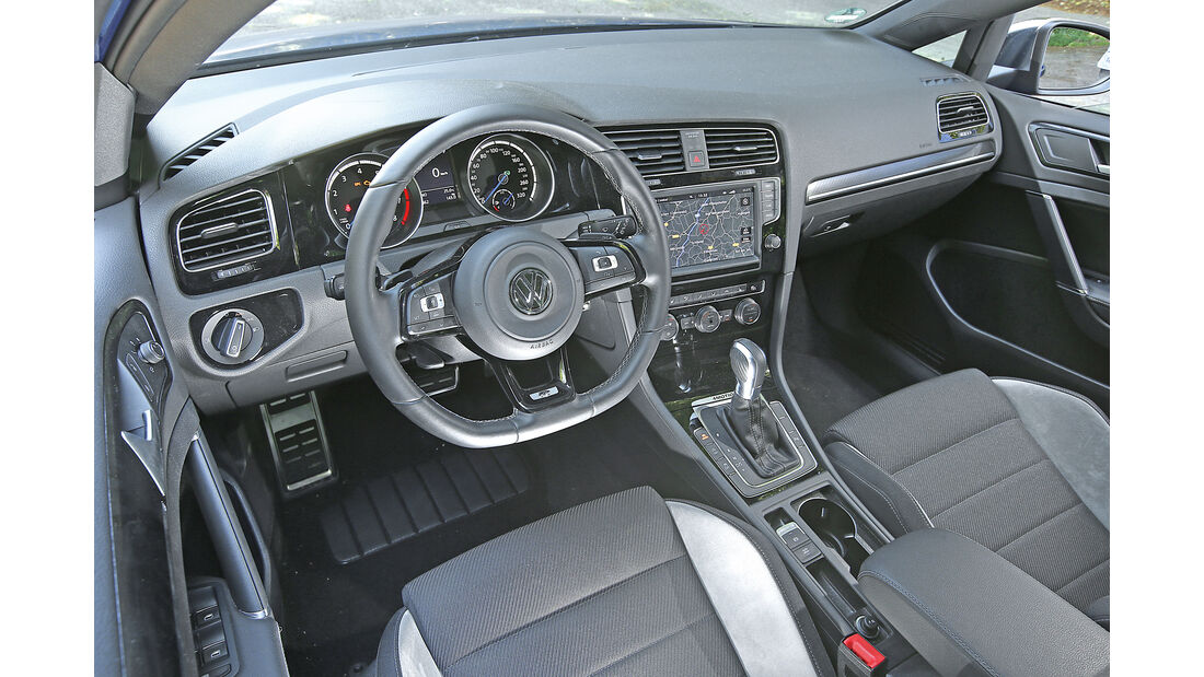 VW Golf Variant R, Cockpit
