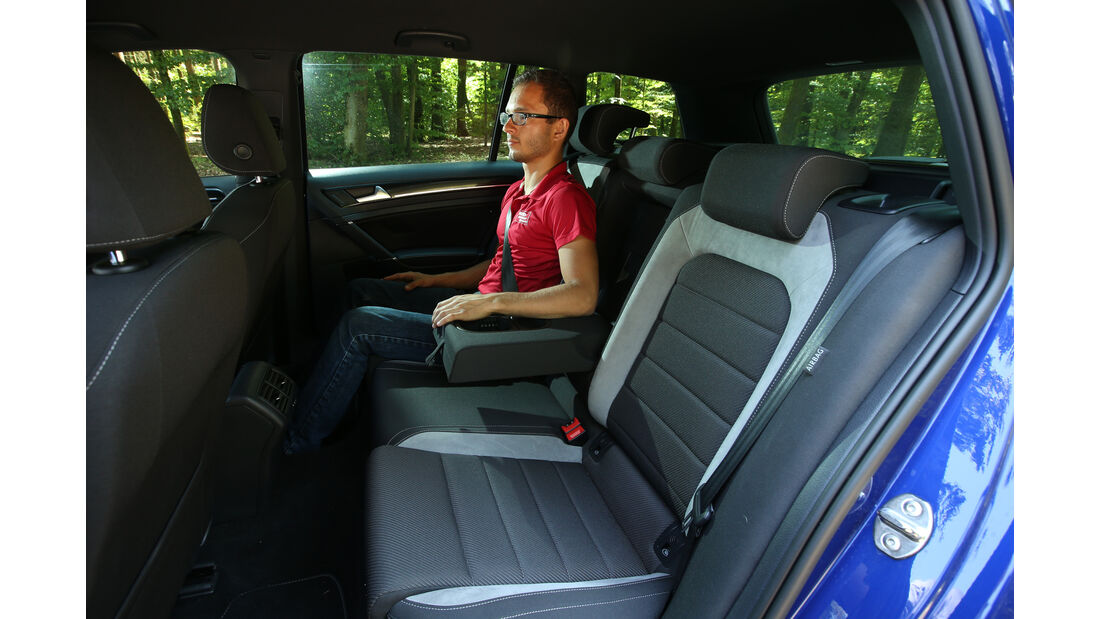 VW Golf Variant R, Fondsitze