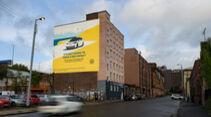 VW-ID.3-Werbung in Glasgow mit Airlite-Gemälde