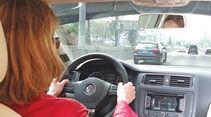 VW Jetta 1.4 TSI Hybrid, Cockpit, Lenkrad
