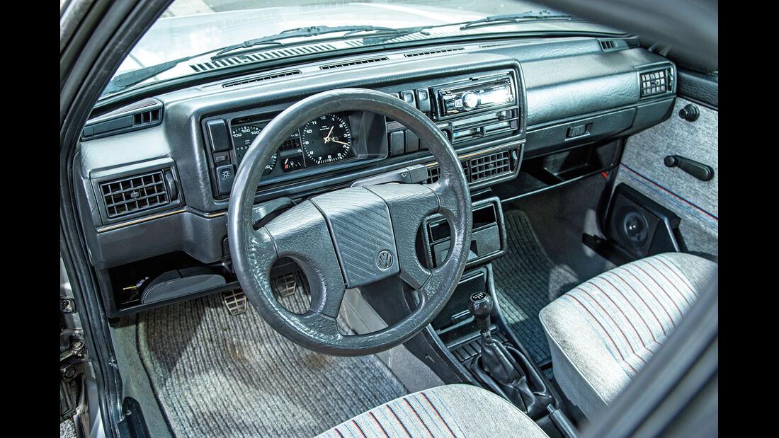 VW Jetta 1.8, Cockpit