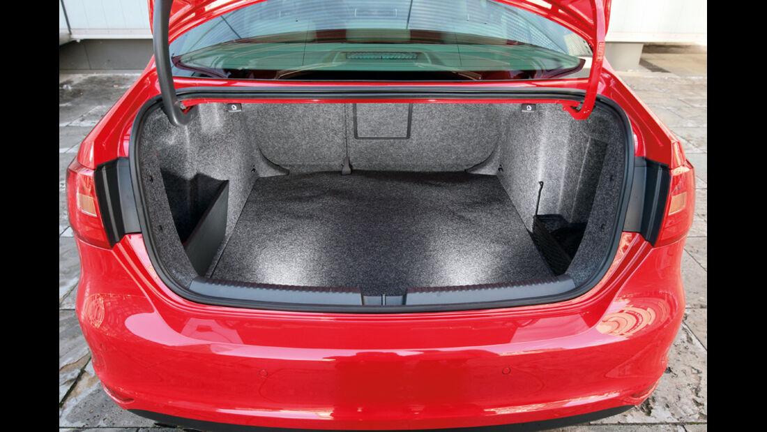 VW Jetta 2.0 TDI Highline, Kofferraum