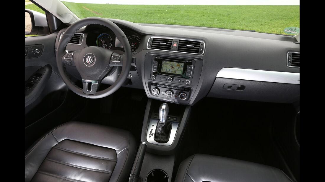 VW Jetta Hybrid, Cockpit, Lenkrad