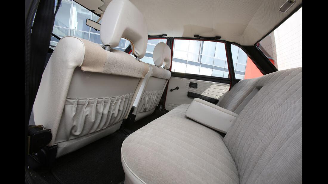 VW K 70 L, Rücksitz, Beinfreiheit