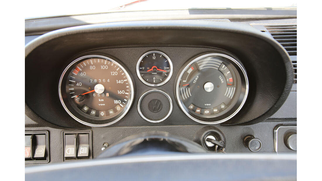 VW K 70, Rundinstrumente