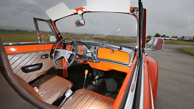VW Käfer 1302 LS Cabriolet, Cockpit