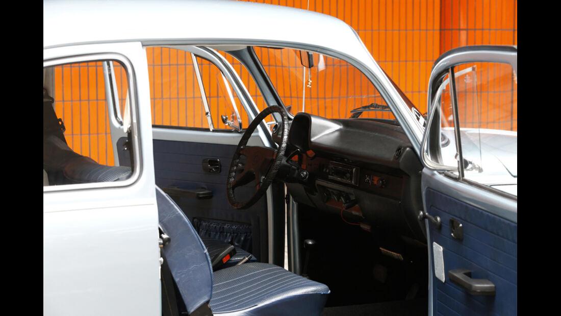 VW Käfer 1303 Automatic, Baujahr 1973 Innenraum