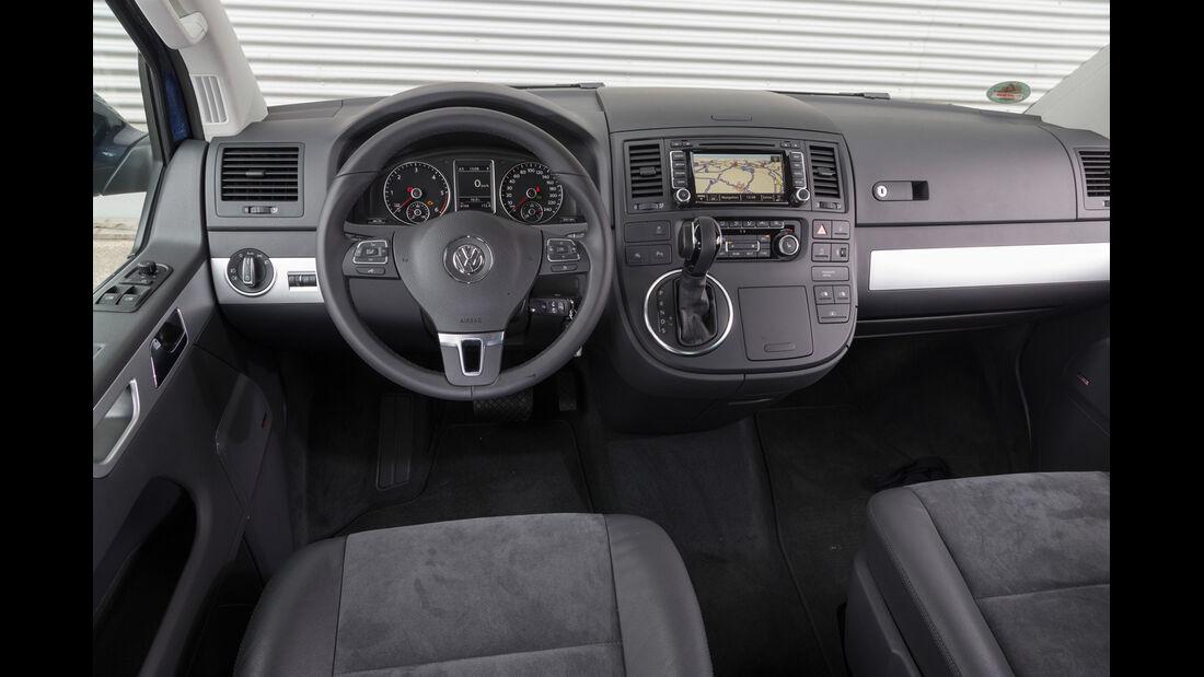 VW Multivan 2.0 BiTDI BMT, Cockpit