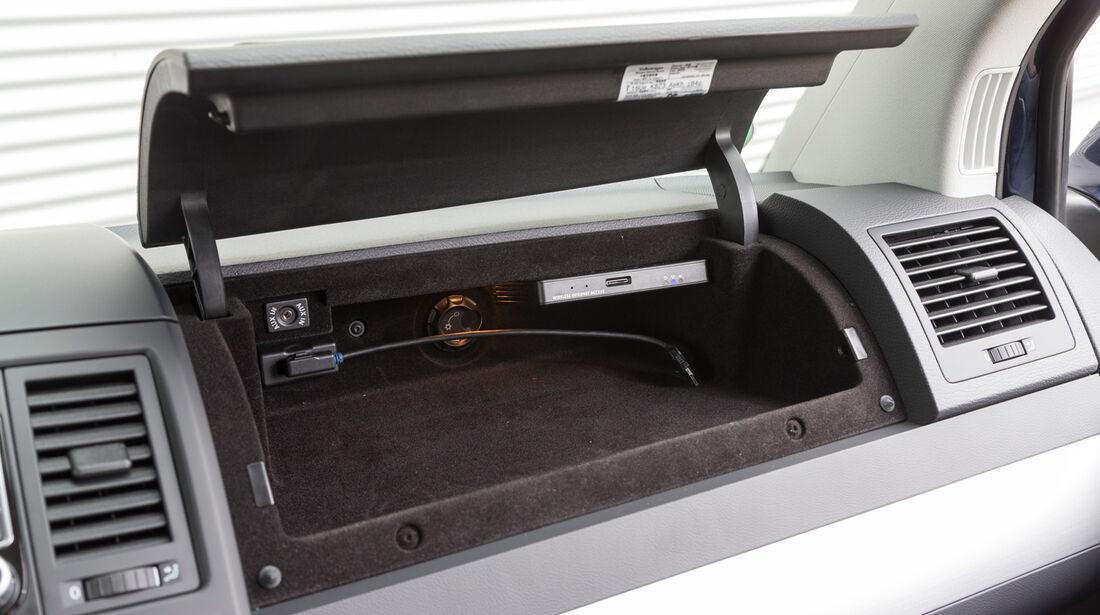 VW Multivan 2.0 BiTDI BMT, Handschuhfach