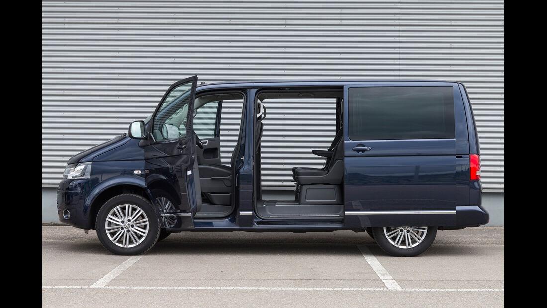 VW Multivan 2.0 BiTDI BMT, Seitenansicht, Seitentür