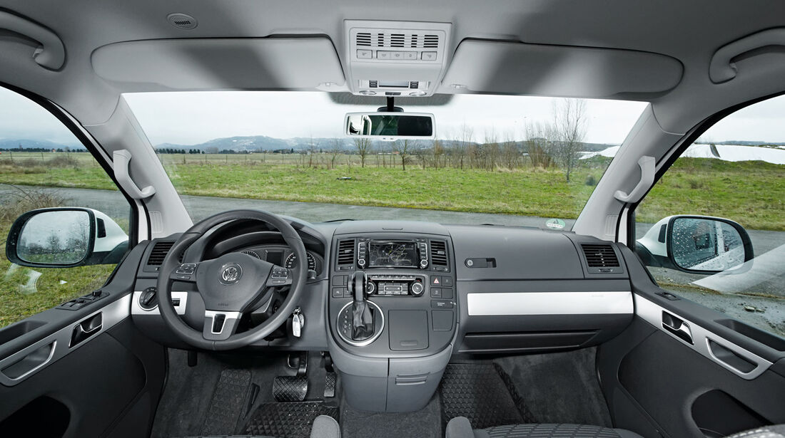 VW Multivan 2.0 BiTDI, Cockpit